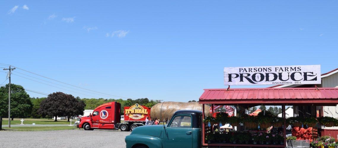 The Big Idaho Potato at Parsons Farm and Produce.